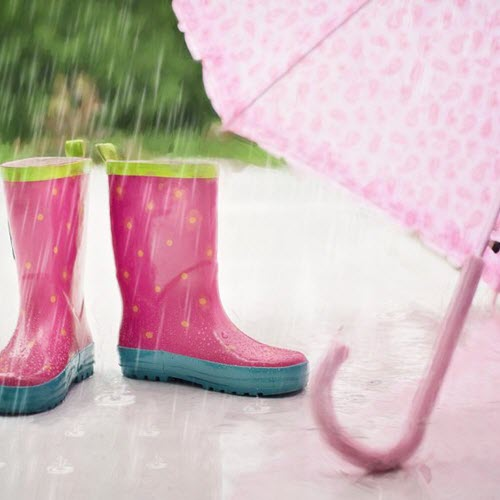 11 Rainy Day Outdoor Activities for Kids